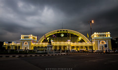 Hua Lamphong Railway Station (pummipat_sukpol) Tags: hua lamphong railway station bangkok thailand landscape wide landmark canon 1100d tamron 1024 color light lighting night colorful train
