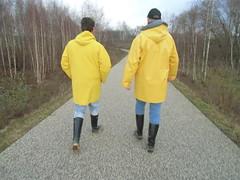 Spaziergang (RubberDO) Tags: boots nora viking wellies dortmund kater rubberboots gummistiefel wellingtons bottes rainboots caoutchouc hrde friesennerz regenstiefel segelstiefel