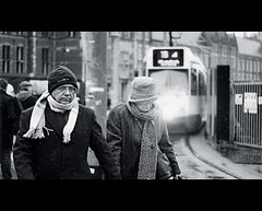 Hurry.. we miss line16! (Vicktor Abrahams) Tags: street city people holland art station amsterdam canon walking wagon 50mm lights iso100 dof bokeh walk candid streetphotography tram line netherland streetphoto 16 cinematographer cinematic 1320 vicktor 600d blackwhitephotos 18