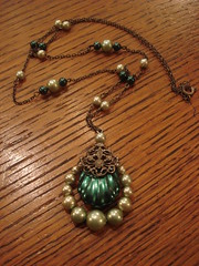 """COOL NECKLACE. • <a style=""""font-size:0.8em;"""" href=""""http://www.flickr.com/photos/51721355@N02/8436357936/"""" target=""""_blank"""">View on Flickr</a>"""