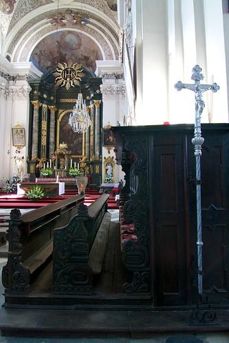 Stalle dłuta Hansa Weissa w kościele śś. Mikołaja i Franciszka Ksawerego w Otmuchowie