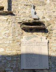 Mur des Fusillés, La Chapelle-en-Vercors (Drôme, France) (Denis Trente-Huittessan) Tags: vercors résistance 25juillet1944 résistants fusillésparlesallemands seizehabitantsdenotrecommune