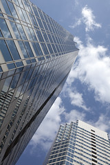 Upward (DigiPub) Tags: sky cloud reflection explore highrise bldg
