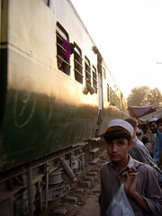 ATrain Running in Downtown Peshawar, Pakistan (tyamashink) Tags: pakistan