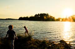 Stensö, Kalmar (dr_Peel) Tags: strand geocaching himmel utsikt vatten semester sommar kalmar solnedgång plats typ människor händelser årstid fannylindskog oliverlindskog