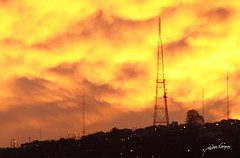Burning sky3 (pedrographer) Tags: chile clouds nubes redsky burningsky reddawn redclouds burningclouds rojocielo nubesrojas cieloenllamas nikkoraf70210mmf456