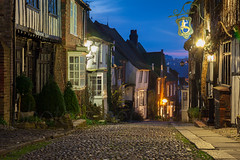 Mermaid Street (S l a w e k) Tags: street uk longexposure england sussex twilight lowlight inn ancient dusk medieval cobbled historic rye mermaid narrow eastsussex cottages mermaidstreet