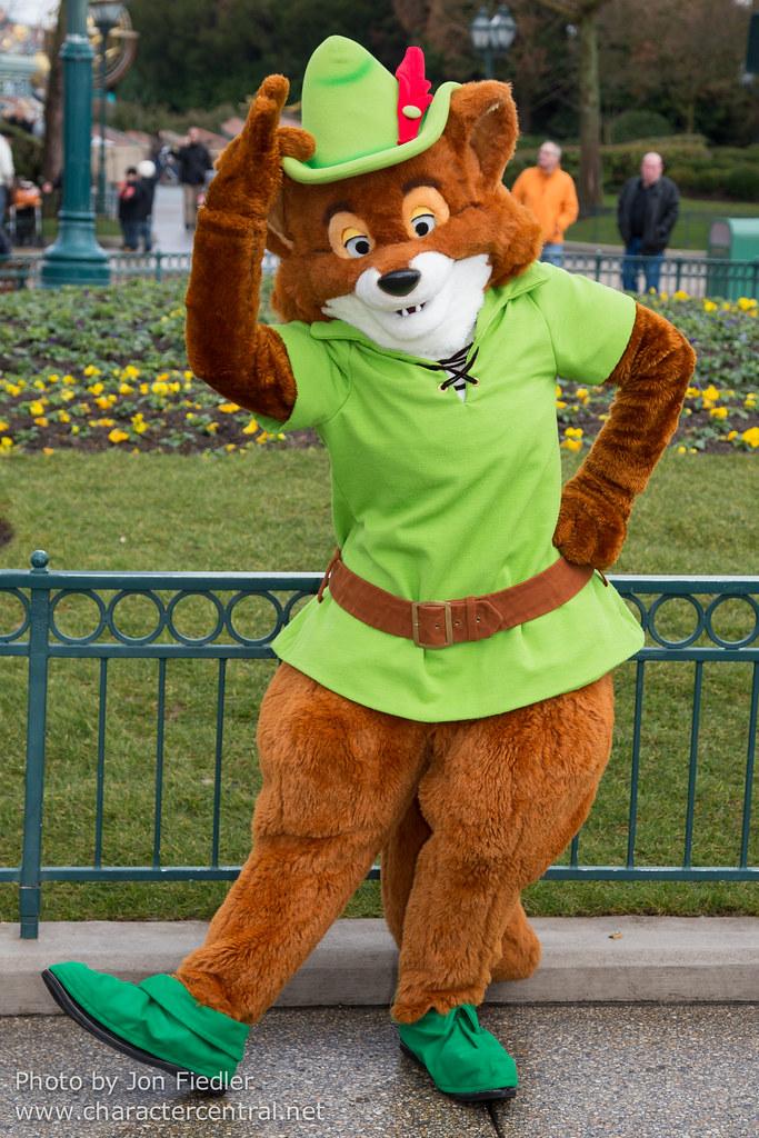Robin Hood At Disney Character Central