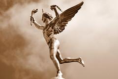 Le Gnie de la Libert (frediquessy) Tags: augustedumont bastille gnie sculpture libert spia acadmisme louisphilippe paris torche aile colonne nu