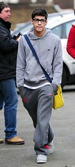 (One Direction Archive) Tags: walking grey glasses hoodie fulllength trainers nike zane battersea tracksuit rehearsals hooded handsinpockets bagstrap yellowbag onedirection nikehoodie tracksuitbottoms joggingbottoms xfactorfinalists