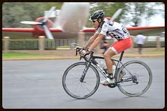 Miguel Mrquez (magnum 257 triatlon slp) Tags: miguel mrquez triatleta potosino talento seleccinnacional triatlon slp bh team triathlon mxico evo sanki soador parque park bike g6 pro triathlete tangamanga don magnum bepartofthebhteam miguelmarqueztricom bici bicicleta vlo casco helmet