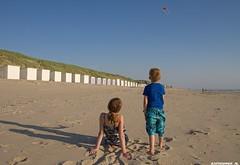 Kiting on Texel. #TExel #kite #vliegeren #beach #strand #people #kids #huis #sand #zand #zee #sea #zon #sun #love #friendship #nature #natuur #Northsea #justin #sinner #Pictures #canon #7d #evening #avond #holiday #mens #Noordzee #holland #netherlands (JustinSinner.nl) Tags: kiting texel kite vliegeren beach strand people kids huis sand zand zee sea zon sun love friendship nature natuur northsea justin sinner pictures canon 7d evening avond holiday mens noordzee holland netherlands