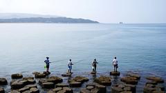 (aelx911) Tags: a7markii a7ii a7m2 sony gmaster fe2470mmf28gm sel2470gm taiwan ocean sea fisherman landscape people fishing