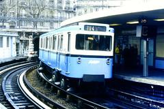 Slide 076-70 (Steve Guess) Tags: bww buses worldwide paris france trains metro ratp