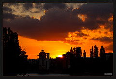 Sonnenuntergang Allendebrcke (MLursus) Tags: mlursus 2016 canon eos 50d berlin germany deutschland sonnenuntergang dusk mggelspree spree flus river water wasser yellow orange gelb blau blue clouds wolken