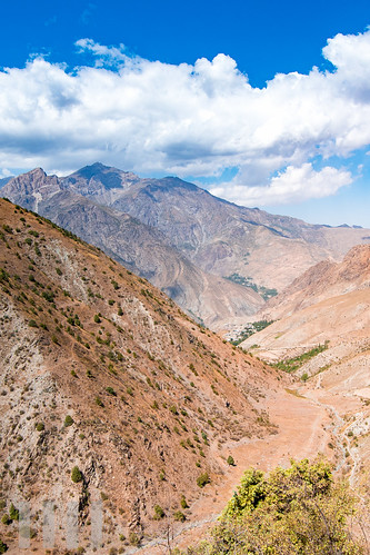 Western side of the Ghoitan Pass, Fann Mountains, Tajikistan.