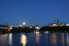Ottawa Blue Hour (Caleb Ficner) Tags: ottawa calebficner parliament parliamenthill parliamentofcanada peacetower library bluehour ottawariver kitchissippi outaouais river riviredesoutaouais