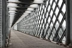 Frontera (sairacaz) Tags: puente bridge rio mio portugal tui galicia espaa spain canon canonef2470mmf4lisusm