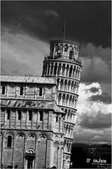 Pisa (PrajjwWol) Tags: pisa leaningtowerofpisa blackandwhite shadesofgray italy italia canon travel natgeo arts