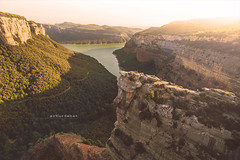 Morro de l'Abella (arturii!) Tags: wow amazing awesome superb interesting stunning impressive nice beauty great arturii arturdebattk canonoes6d gettyimages travel trip tour route viatge holidays vacations drone dron flying viewpoint tavertet sau panta reservoir catalonia catalunya catalua europe osona nature landscape cool visual phantom3 dji vertigo height sunset light natura outdoors cliffs crag people trekking hiking sky sunlight summer forest valley