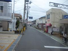 Main street in Hineno (seikinsou) Tags: japan spring haruka train jr railway kix kansai airport shinosaka hineno street station kankuhinenostationhotel takoyaki