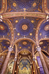 Nave of the Church of All Nations (Xenedis) Tags: church architecture israel mosaic basilica jerusalem jesus middleeast symmetry nave judas holyland oldcity jesuschrist mountofolives gethsemane gardenofgethsemane stateofisrael churchofallnations judasiscariot churchoftheagony basilicaoftheagony oldcityofjerusalem