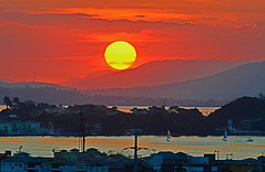 Pôr-do-sol em Cabo Frio - RJ / Sunset in Cabo Frio - R (Valcir Siqueira) Tags: sunset cute photography cool pretty cityscape sweet entardecer crepúsculo cabofrio