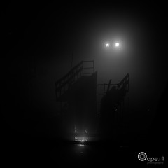 Building... (Oape) Tags: light bw mist building workers outdoor labor builders emmen fogg