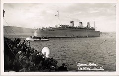 HM Troopship Queen Mary in Sydney, World War II / photographer unknown