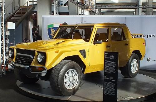 Lamborghini LM 022