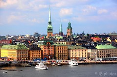 Stockholm (Julie Vrschrgn) Tags: city sea mer sweden stockholm gamlastan scandinavia ville sude scandinavie
