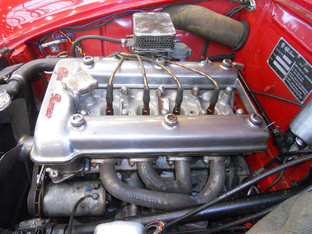 Alfa Romeo Giulietta 13 Litre Straight Four Ohc Engine Transaxle