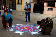 13 (akila venkat) Tags: street art colours patterns bangalore rangoli indianart