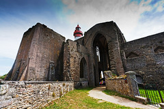 Pointe Saint Mathieu (germano manganaro) Tags: lighthouse france abbey faro frankreich brittany bretagne breizh francia phare leuchtturm abbaye abbazia bretagna pointesaintmathieu