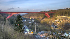 luxembourg  : red bridge (Patrick Mayon) Tags: city bridge red rouge europe cityscape pont luxembourg paysage hdr ville urbanlandscape photomatix tonemapped paysageurbain