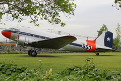 963 | Douglas C-47A (DC-3) | Fuerza Aerea de Chile (cv880m) Tags: chile santiago loscerillos aviationmuseum museonacionaldeaeronautica 983 961 douglas dc3 c47 dakota chileanairforce fuerzaaereadechile propliner preserved