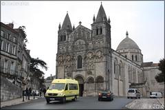 Mercedes-Benz Sprinter - Citram Charente (Transdev) / Charente n°1206 (Semvatac) Tags: semvatac photo bus tramway métro transportencommun mercedesbenz sprinter cq690lj citramcharente transdev charente 11 avenueduprésidentwilson angoulême