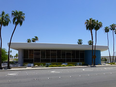 Palm Springs, CA Bank of America (City National Bank) (army.arch) Tags: palmsprings california ca bank modern victorgruen gruen midcenturymodern citynationalbank bankofamerica