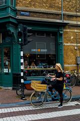 003 - Amsterdam (Alessandro Grussu) Tags: leica m9 telemetro rangefinder messsucherkamera paesi bassi netherlands niederlande olanda holland citt city stadt amsterdam capitale capital hauptstadt vita urbana urban life