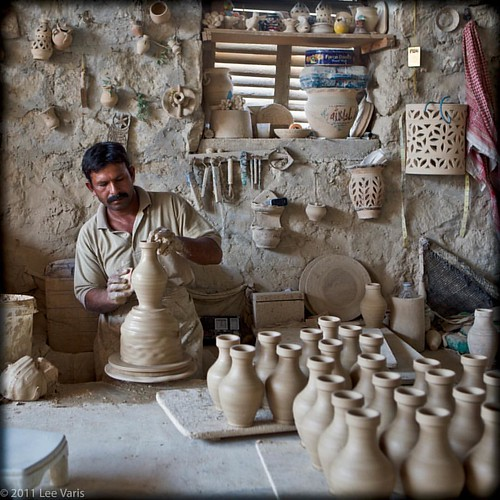 """#bobbiandleesphotoadventures #welltravelled in #bahrain at a #pottery """"factory"""" . . . . . . . . . . . #chasinglight #toldwithexposure #acolorstory #colorhunters #colorlove #justgoshoot"""