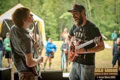 Anakin and Obi-Wan (Isaac 9's Photography) Tags: music festival misterf wildwoods2016 isaacninesphotography prs paul reed smith