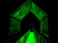 grner Tunnelgang (FotoTrenz NRW) Tags: tunnel grn tor leuchtend farbe lapadu landschaftsparknord duisburg meiderich nachtaufnahme nightshot green light durchgang tourismus ausflugsziel nrw germany panasonic lumixg5