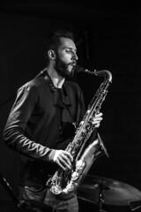 5/9 (dzohan) Tags: jazz music concert sax instrumental people portrait story bw musician blackandwhite