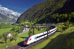 ICN 863 @ Erstfeld (Wesley van Drongelen) Tags: sbb cff ffs schweizerische bundesbahnen chemins de fer fdraux federaux suisses ferrovie federali svizzere swiss federal railways rabde 500 intercity neigezug erstfeld silenen trein train zug treno icn