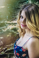 Maria Acunzo (elparison) Tags: woods portraits castellammare faito bosco downblouse tits breast seno