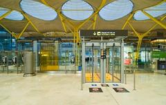 T4 Madrid-Barajas airport (antoniobraza) Tags: airport antoniolamela barajas lemd mad richardrogers t4 terminal terminal4 madrid