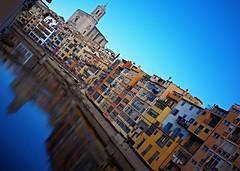 Altri riflessi - Girona (matteo.reggio) Tags: reflexes colores ro espaa catalua gerona girona zeiss 35mm rx1r sony