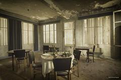 Last meal (Tamara de Koning) Tags: lastmeal last meal eten diner window light sun old molt dust decay abandoned abandon abandonner abbandonare abandonar derelict dusty