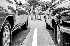 car talk (Joe Papagoda) Tags: art classic cars chevrolet photography nikon photographer hamden newhaven local fords carshow hotrods quinnipiac context northhaven d300 memorialweekend may27th joepapagoda quinnipiaccarshow2012