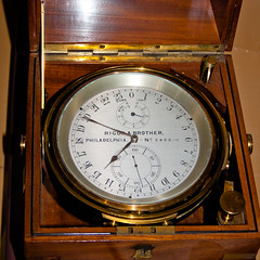 CU435 Maritime Clock (listentoreason) Tags: usa clock philadelphia america canon unitedstates pennsylvania favorites engineering places timepiece pennslanding mechanicalengineering ef28135mmf3556isusm score30 independenceseaportmuseum philadelphiamaritimemuseum